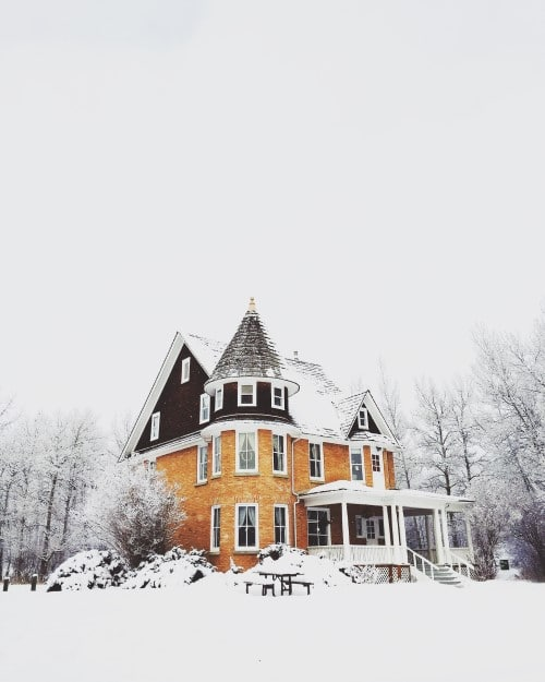 large home with snow winterized while vacant